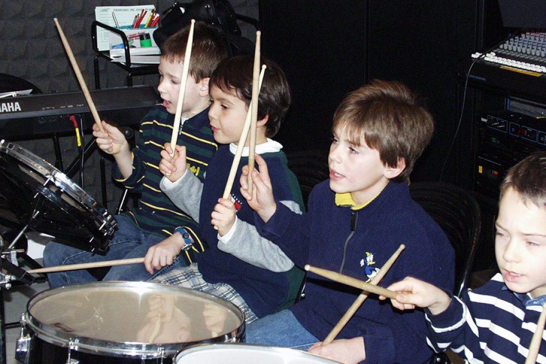 Introduzione creativa alla musica (6-9 anni)